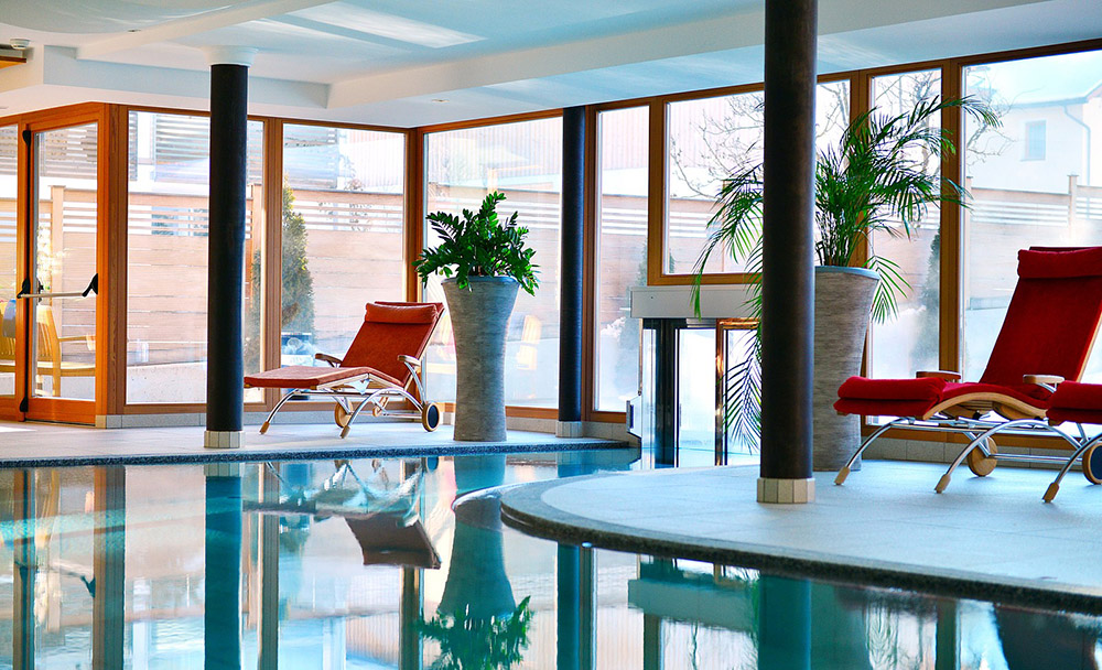 Indoor Pool Wellness Residenz Mirabell